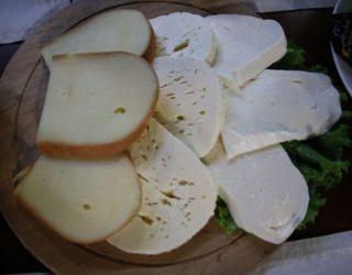 İsli Sulguni ve çok sevilen tulum peyniri Gudis Kveli